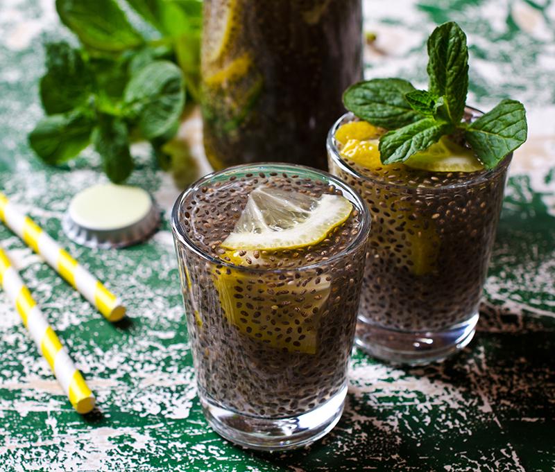 Ricetta Limonata Con Menta.Limonata Con Semi Di Chia Idee Per Bevande Estive Natureat Ricette Vegane